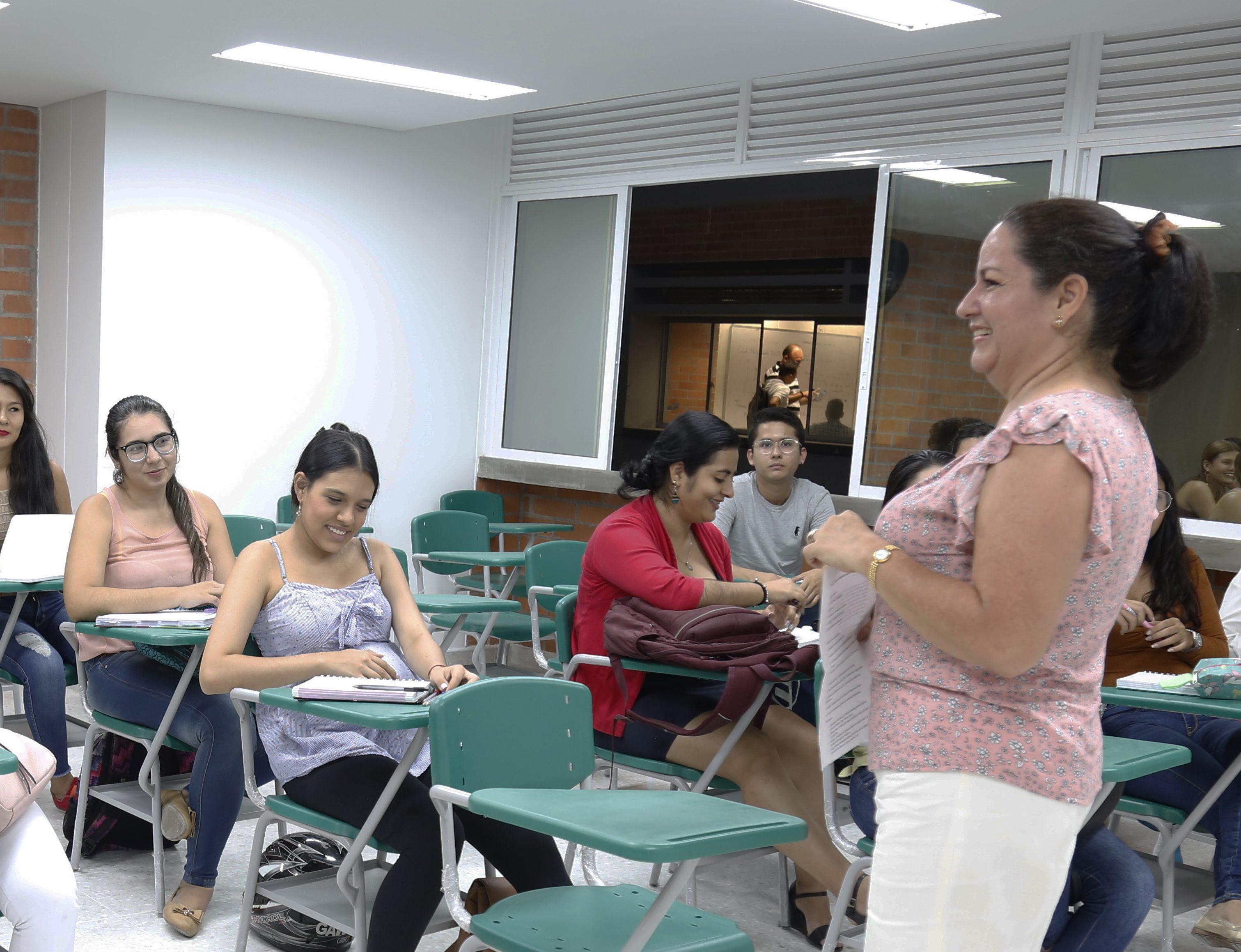 docente en clase