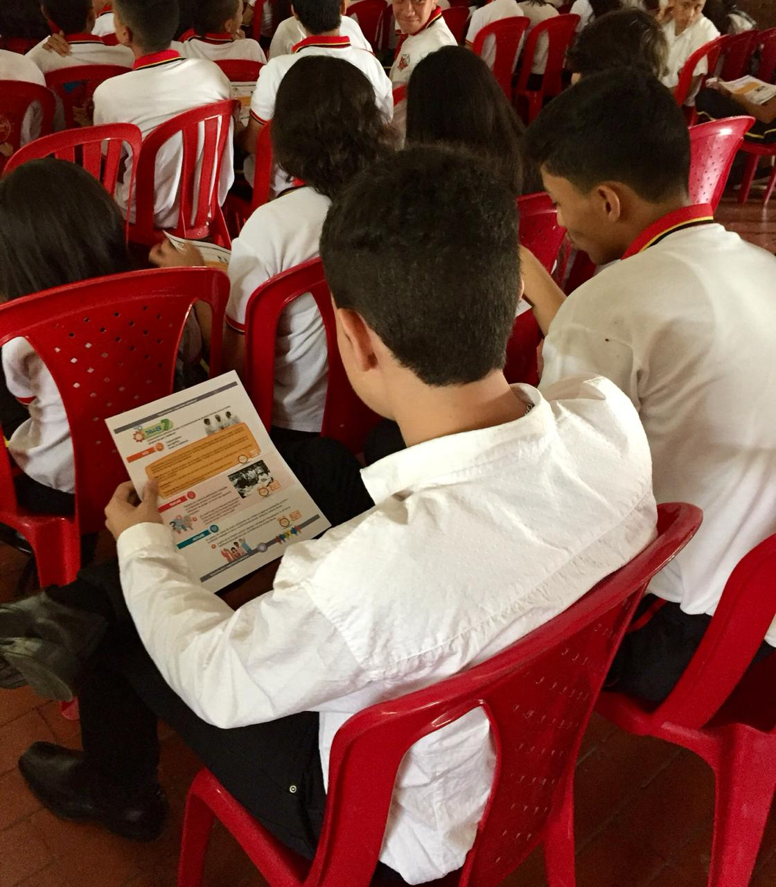 Estudiantes de cultura ciudadana