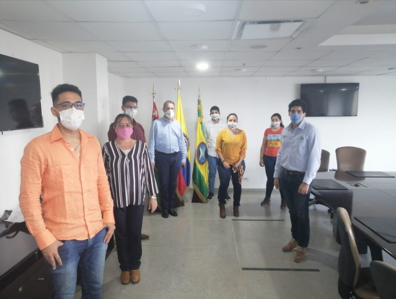 Las UTS donaron al Instituto de Salud de Bucaramanga implementos de protección